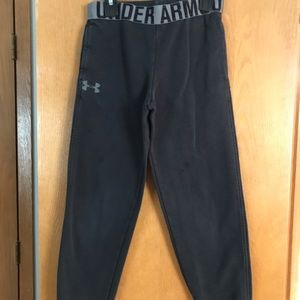 Under Armour black jogger sweatpants